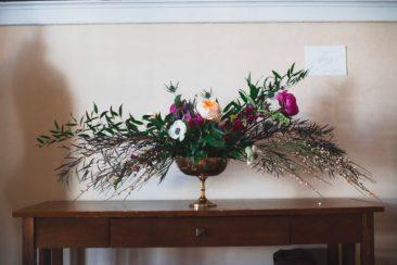 floral arrangement simple unity design