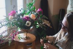 Floral assistant